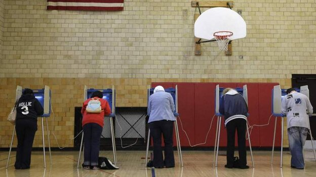 Voters cast ballots in Dearborn, Mich. Some political analysts say truly independent voters account for just 10 percent to 15 percent of the electorate.