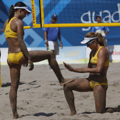 Female Volleyball Players Can Cover Up For Olympics