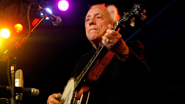 Earl Scruggs performing at Stagecoach, a country music festival held in Indio, Calif., in 2008.