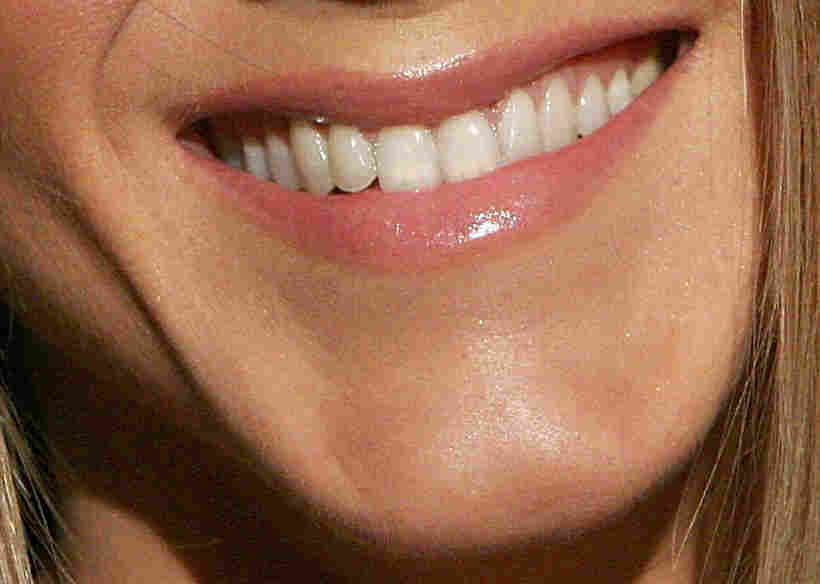 "The chin of actress Jennifer Aniston at the premiere screening of ""Dirt"" aon December 9, 2006 in Los Angeles, Calif."