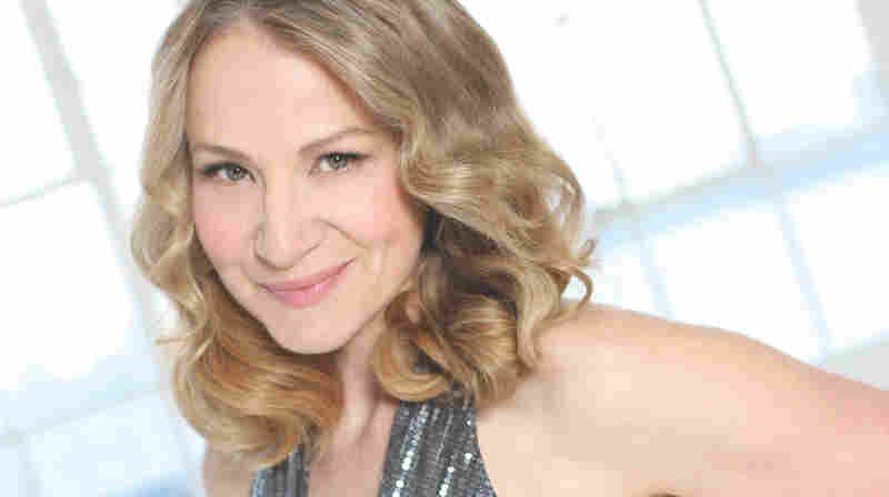 Joan Osborne In Concert
