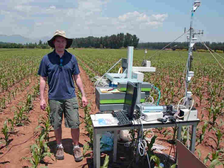 Aaron Van Pelt of Picarro uses one of the company's isotope analyzer in the field in China.