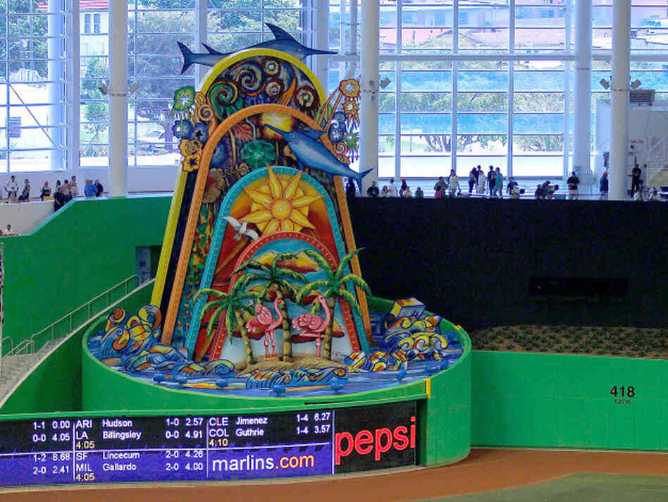 Flying fish in the outfield a tank behind the plate it 39 s for Marlins fish tank