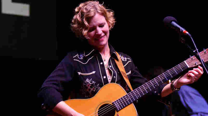 Catie Curtis On Mountain Stage