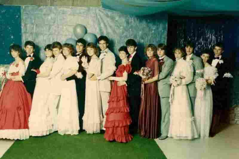 """Denise Montgomery, circa 1985: """"When too many 'friends of friends' tried to crowd into the group shot to save money, you ran out of AstroTurf and whatever in god's name that background was supposed to be. Plus, you ended up with a souvenir photo full of people whose names you didn't even know."""""""