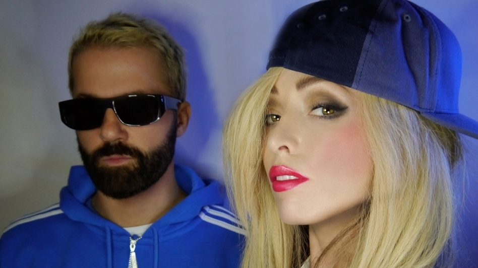 Jules DeMartino and Katie White are The Ting Tings.