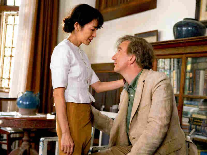 David Thewlis (Harry Potter and the Prisoner of Azkaban) plays Suu Kyi's husband, Michael Aris.
