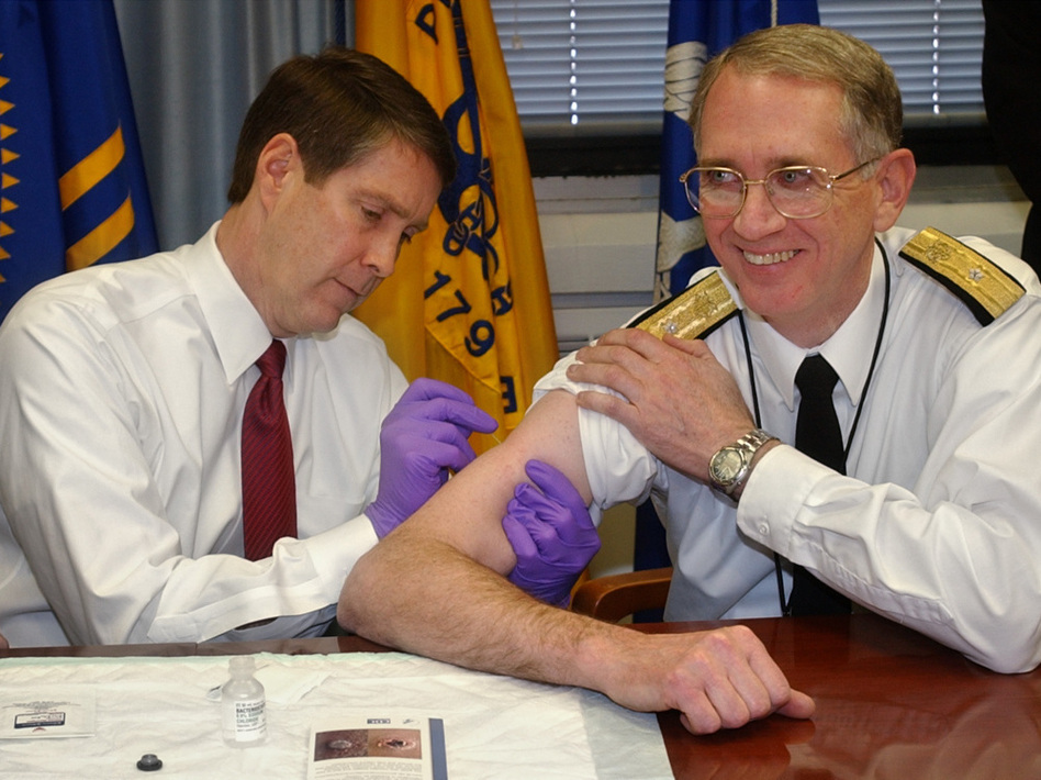 Sen. Bill Frist (left) gives a mock smallpox vaccine during a training session in 2003. Frist, a surgeon, once gave CPR to a visitor who collapsed in a Senate office building.