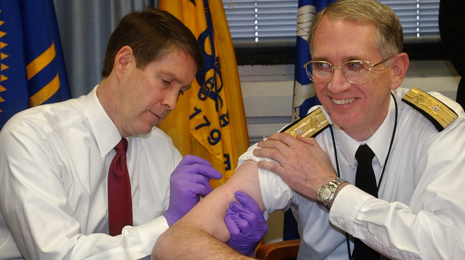 Sen. Bill Frist (left) gives a mock smallpox vaccine during a training session in 2003. Frist, a surgeon, once gave CPR to a visitor who collapsed in a Senate office building.  (AP)
