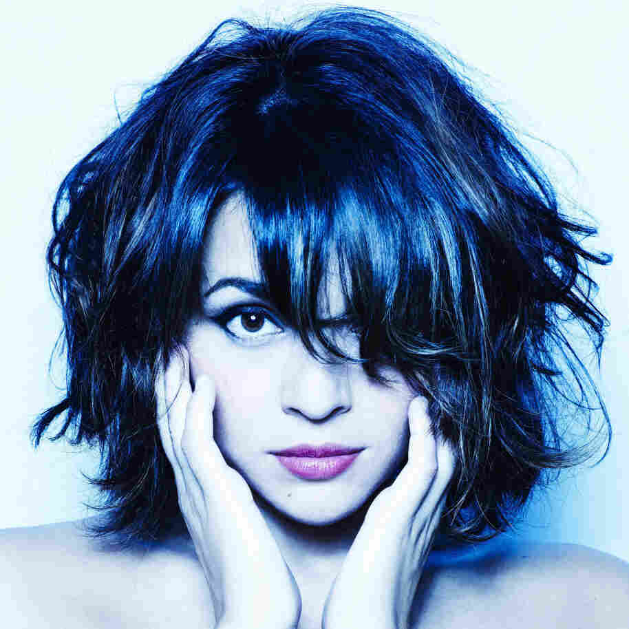 First Listen: Norah Jones, 'Little Broken Hearts'