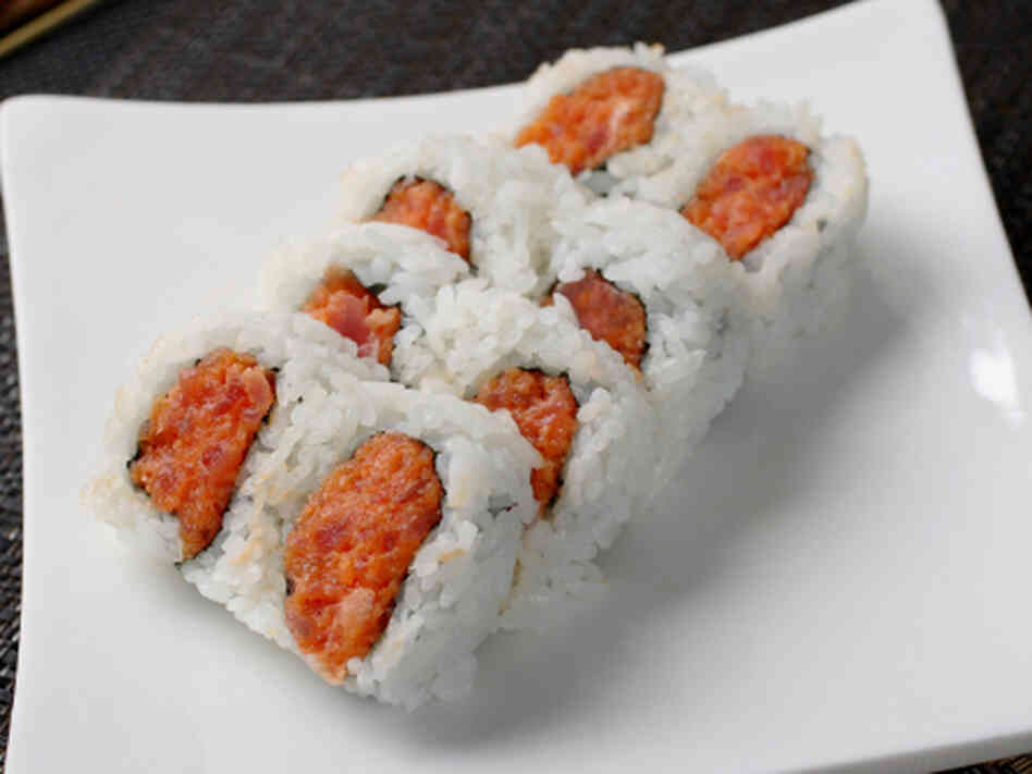 ... roll tenderstem broccoli omelette sushi roll seared tuna sushi roll s
