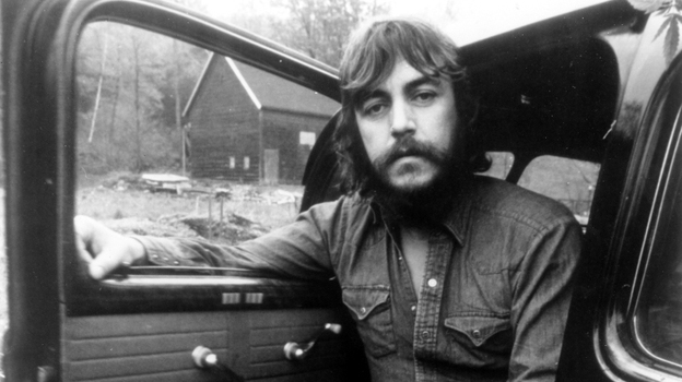 Singer, songwriter and swamp-pop pioneer Bobby Charles poses for a portrait in 1972. (Getty Images)