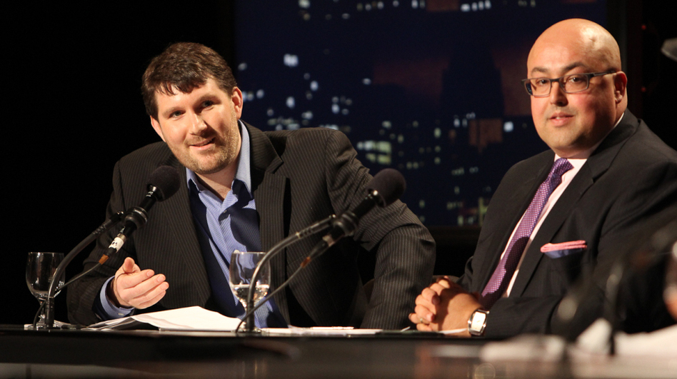 """Eli Pariser (left) and Siva Vaidhyanathan argued that """"When It Comes To Politics, The Internet Is Closing Our Minds."""" (Samuel LaHoz)"""
