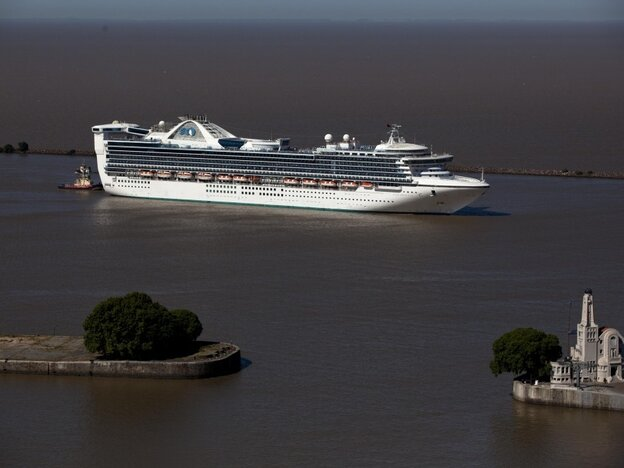 The Star Princess cruise ship leaves Buenos Aires' port in Argentina on Jan. 17.