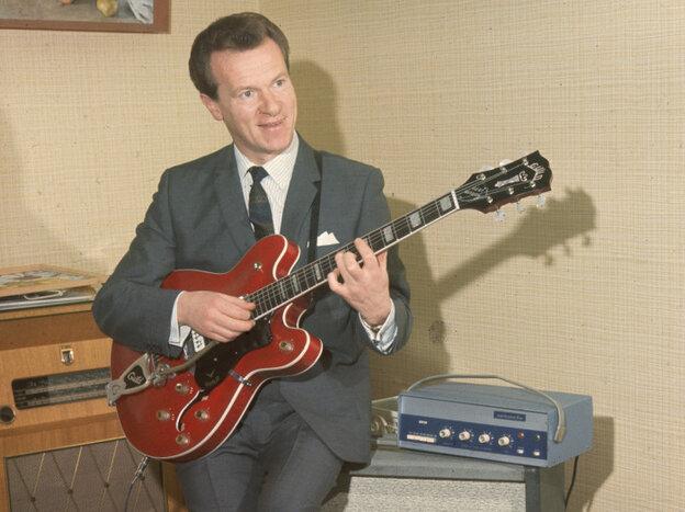 British guitarist Bert Weedon died Friday at age 91.