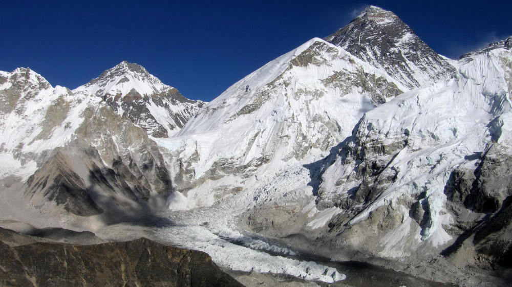 Why did the IPCC base its false claims about disappearing Himalayan glaciers on a magazine article?