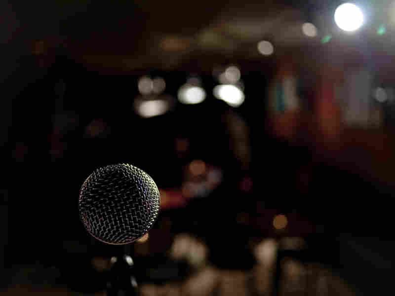 """Neukoelln's Little Stage is a neighborhood music club where musicians can do a little experimenting during MOM, or """"Mondayz Open Mic"""" nights."""