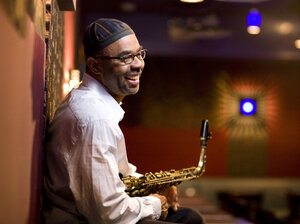 """Kenny Garrett's """"Welcome Earth Song"""" conjures the spirit of Pharoah Sanders — and a soul-stirring church service."""