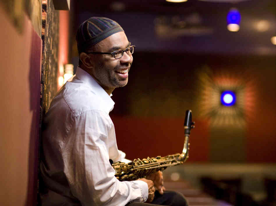 "Kenny Garrett's ""Welcome Earth Song"" conjures the spirit of Pharoah Sanders — and a soul-stirring church service."