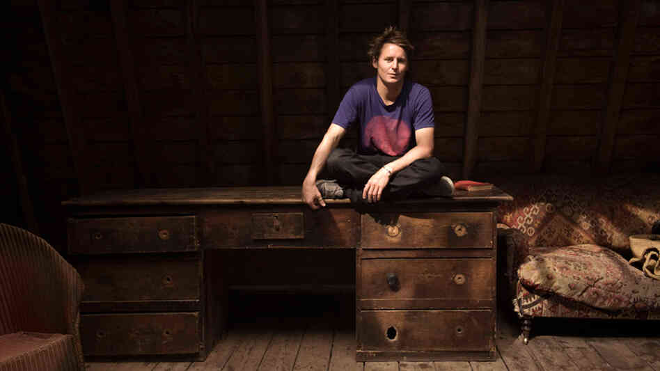 Ben Howard is a no-nonsense, no-frills singer-songwriter.