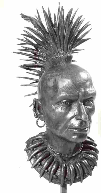 Bronze bust of Chief Keokuk, sculpted by Gerson Frank in 1978.