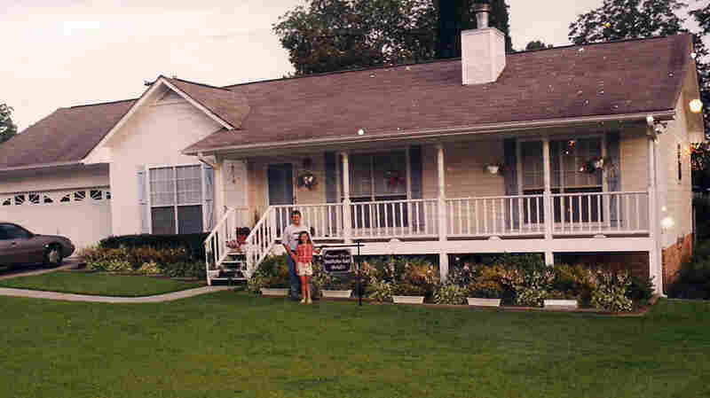 The Stewart house in Pleasant Grove, Ala., as it appeared in the summer of 2002.