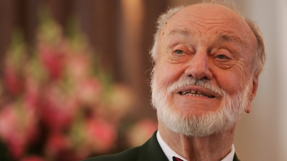 Conductor Kurt Masur in a 2007 file photo from Berlin. (Getty Images)