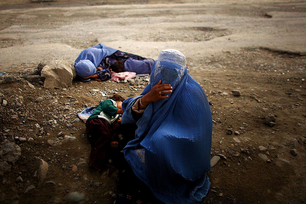 Begging on the Kabul-Jalalabad highway