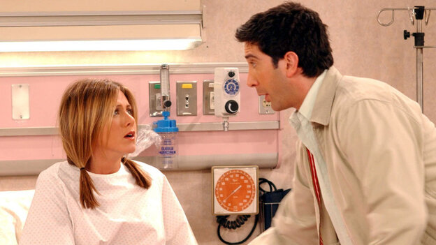 Jennifer Aniston and David Schwimmer appear in the baby birth episode of NBC's Friends.