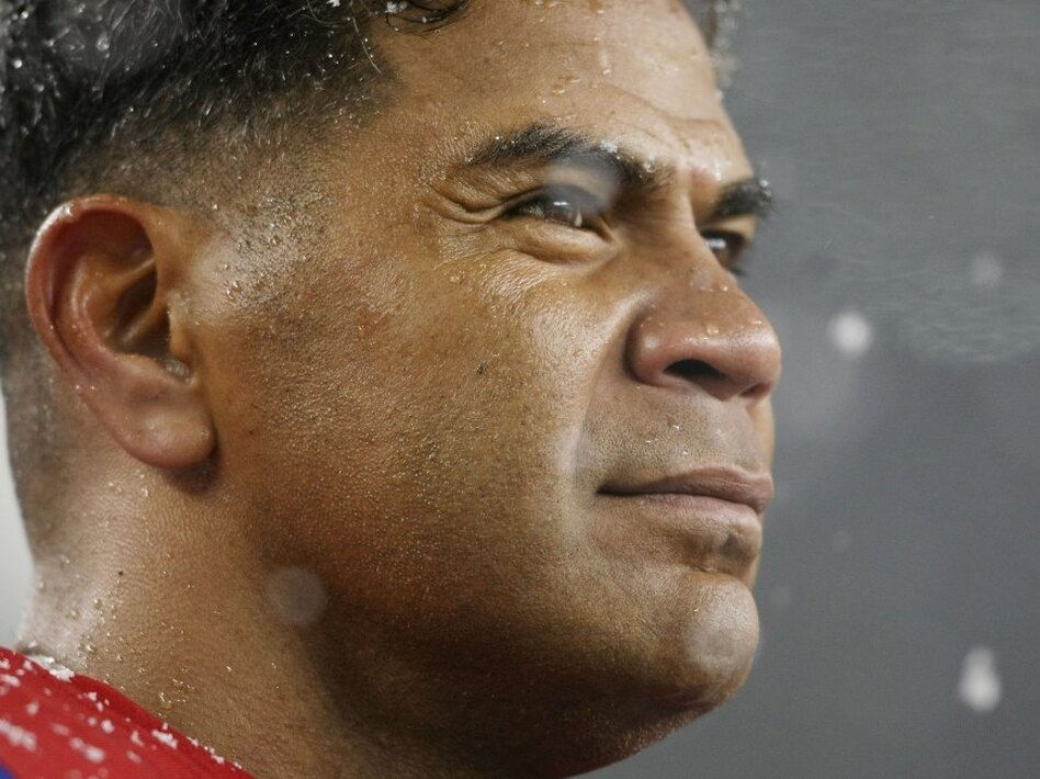 Junior Seau in 2009, when he played with the New England Patriots. (Elsa/Getty Images)