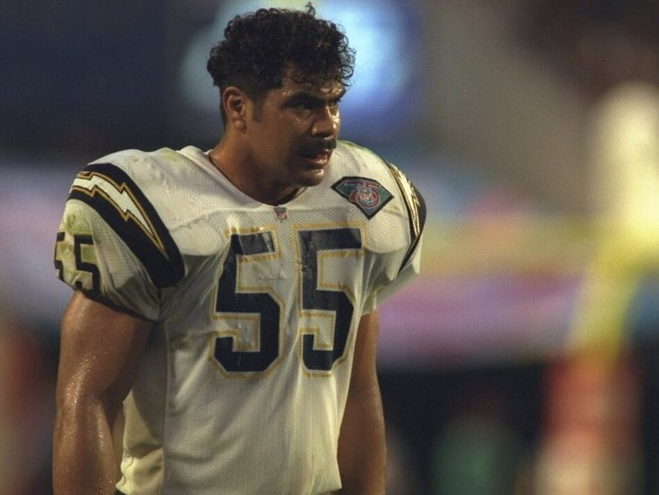 Linebacker Junior Seau of the San Diego Chargers during Super Bowl XXIX against the San Francisco 49ers; Jan. 29, 1995.