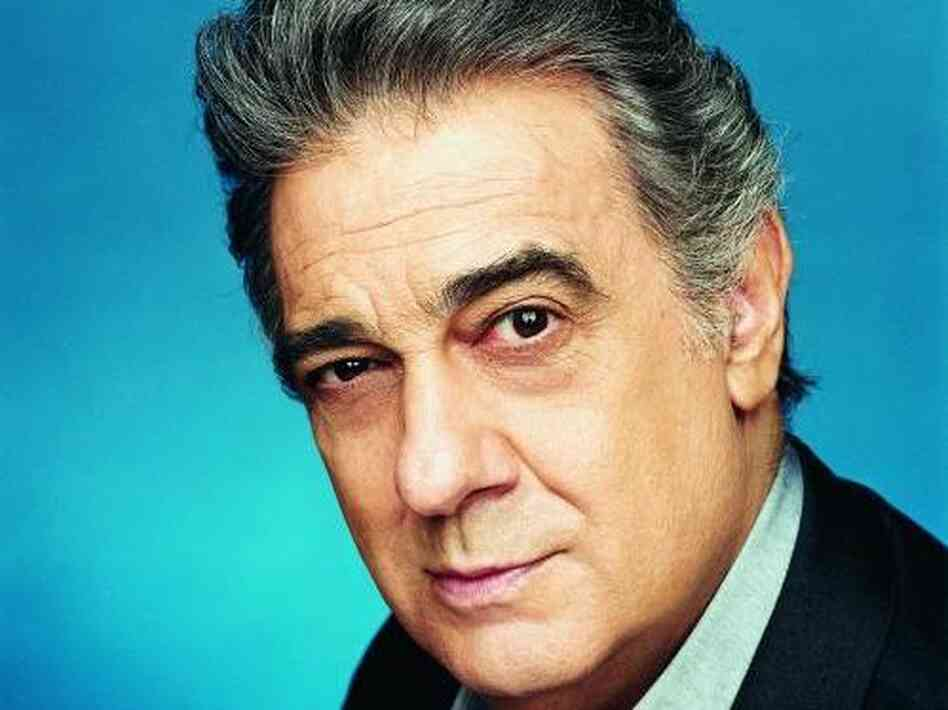 Domingo Pl — er, Placido Domingo.