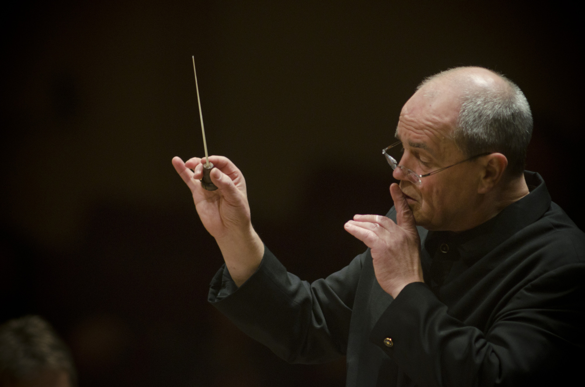 This is conductor Hans Graf's last season as music director of the Houston Symphony; beginning in the 2013-14 year, he will be the orchestra's Conductor Laureate.
