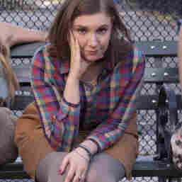 Lena Dunham Addresses Criticism Aimed At 'Girls'