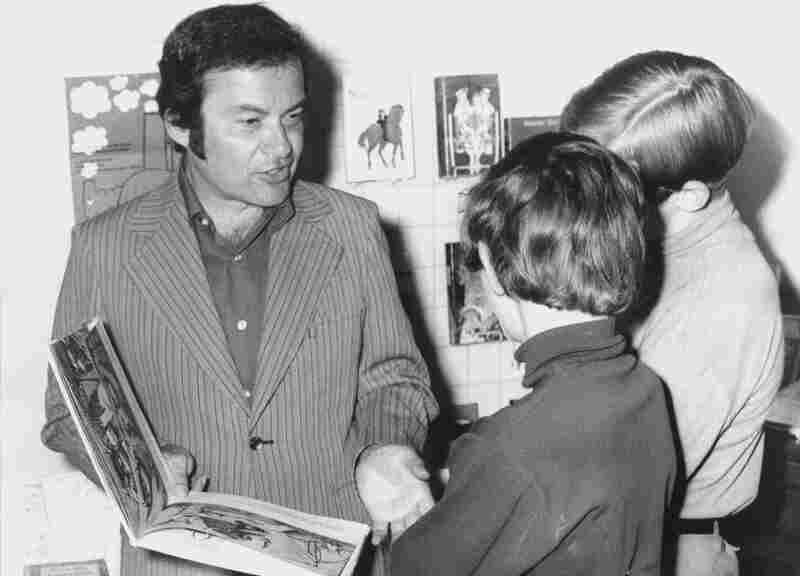 Sendak talks with children about his book Where the Wild Things Are at the International Youth Library in Munich in June 1971.