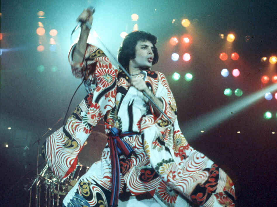 Freddie Merucury, performing live with Queen, circa 1970.
