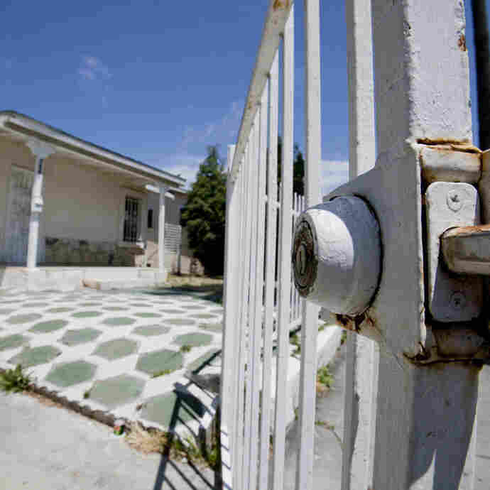 Foreclosure Review Is Free, But Few Borrowers Apply
