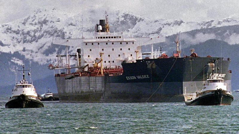 Indian Court Blocks Exxon Valdez From Entering Scrap Yard : The Two