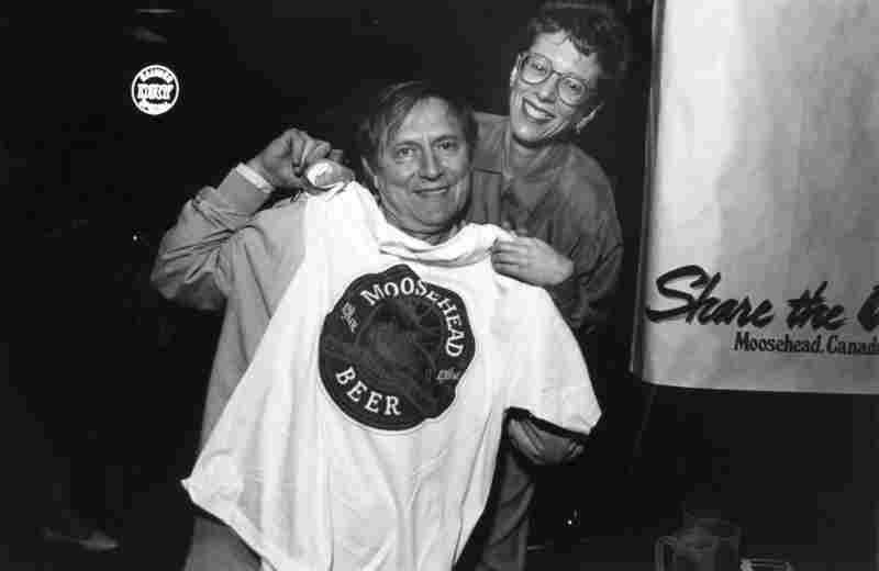 Terry Gross with actor John Cullum (Northern Exposure) at a public radio conference event in Seattle, 1992.