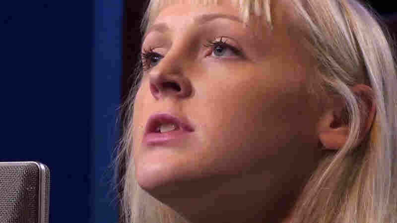 Laura Marling: How To Reveal A Quiet Song