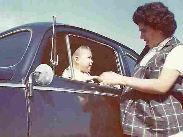 Carmen Contreras and her son, Felix, in 1960.