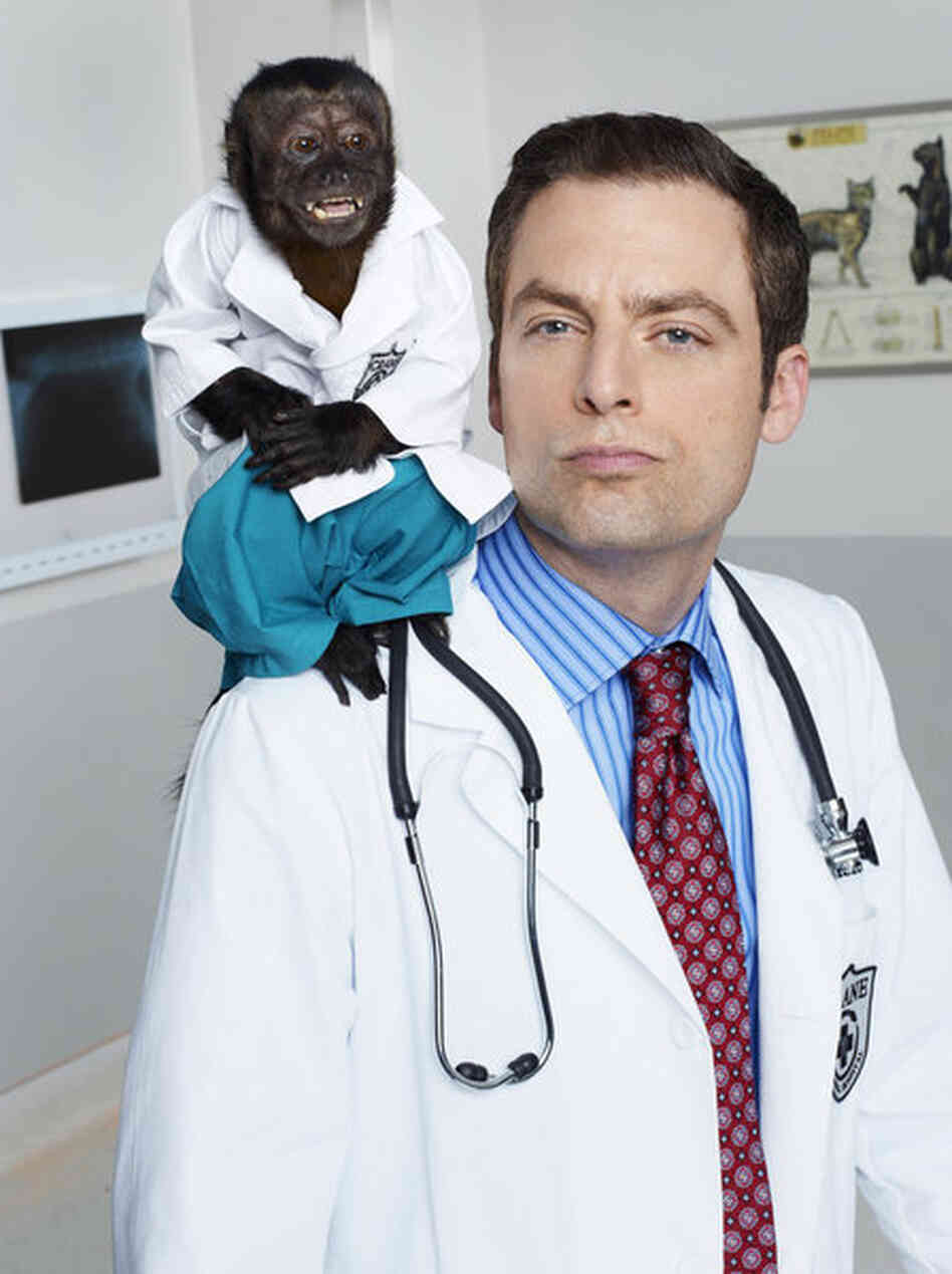 Crystal as Dr. Zaius and Justin Kirk as Dr. George Coleman on NBC's new fall comedy, Animal Practice.