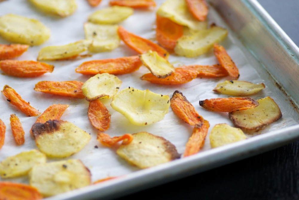 how to make carrot and parsnip chips