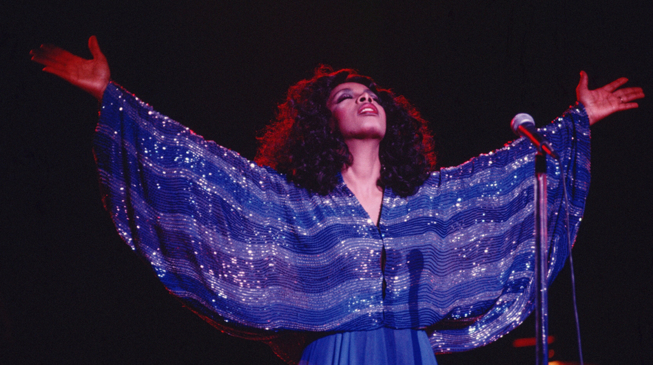 """Queen of Disco"" Donna Summer performs in 1979. (Michael Ochs Archives/Getty Images) (Getty Images)"