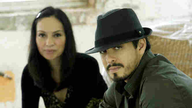 Rodrigo Y Gabriela On World Cafe