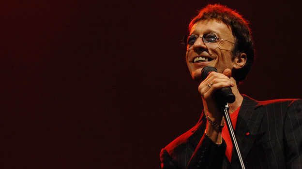 Robin Gibb performs at the Dubai International Jazz Festival in 2008. (AP)