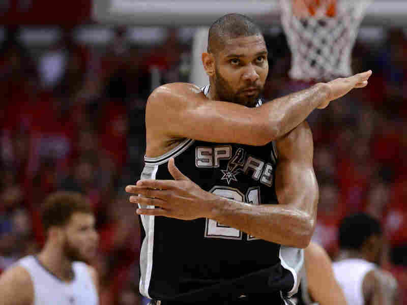 Tim Duncan and the San Antonio Spurs have won 18 games in a row as they head into the NBA's Western Conference Finals. But Frank Deford wants to know: Has anyone noticed?