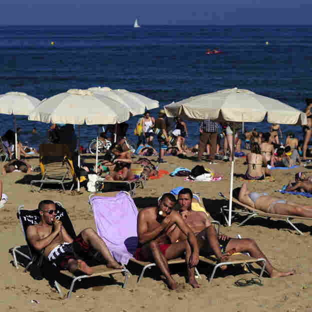Spain's Beloved Four-Day Weekends Are At Risk