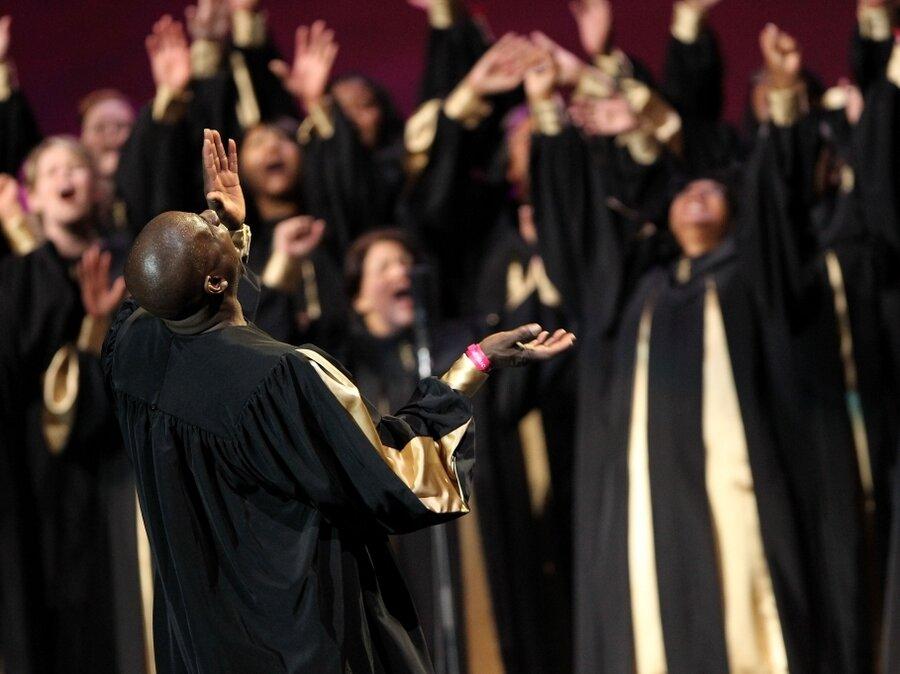 Choir performs in Oakland  Black Church Choir Singing