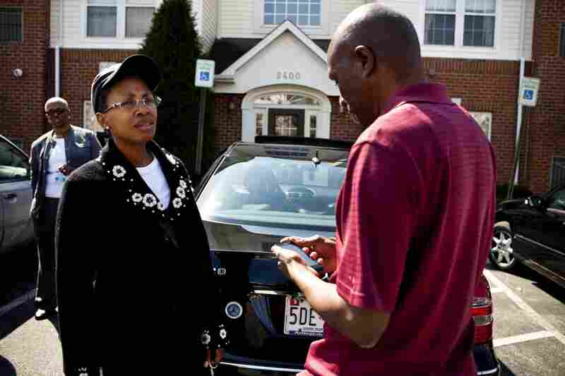 Yolanda Hunter, Geneva's daughter, talks with Frank about Ida's doctor's appointments and upcoming caretaking needs.